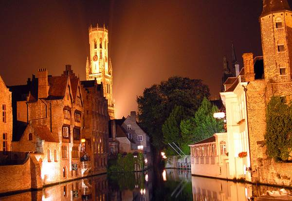 The Perfect Destination - A Wedding in Bruges 1