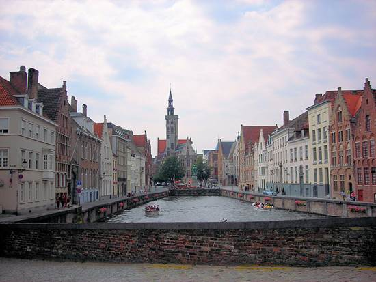 The Perfect Destination - A Wedding in Bruges 3