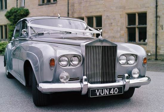 A Bride's Guide To Choosing The Perfect Wedding Car 5