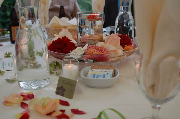 Ideas For Wedding Breakaway Centrepieces 1