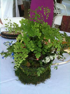 Ideas For Wedding Breakaway Centrepieces 7