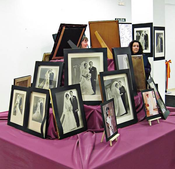 Five Ingenious Ways to Display your Wedding Photographs 1