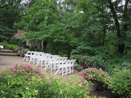 How to Create Your Dream Wedding in Your Own Back Garden 3