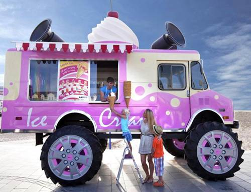 5 Questions to Ask the Ice Cream Vendor before Your Wedding Day 4