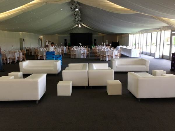How to Create a Theme for Your Wedding Using Furniture 1