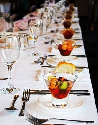 Finger Licking Tips to make your Wedding Reception Menu Memorable 3
